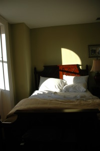 bedroom light streaming blackout kindersleep